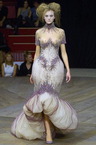 Alexander-mcqueen-spring07-purplebeauty